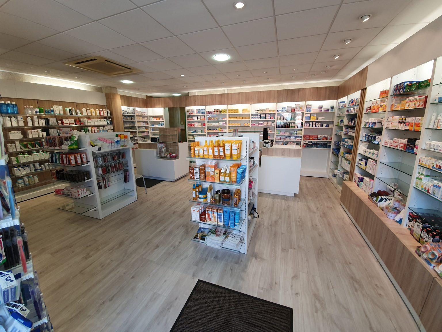 interieur-pharmacie-du-parc